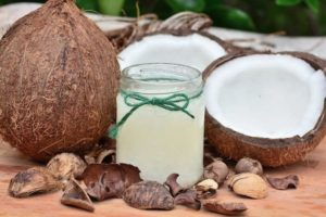 Beneficios del aceite de coco para la belleza